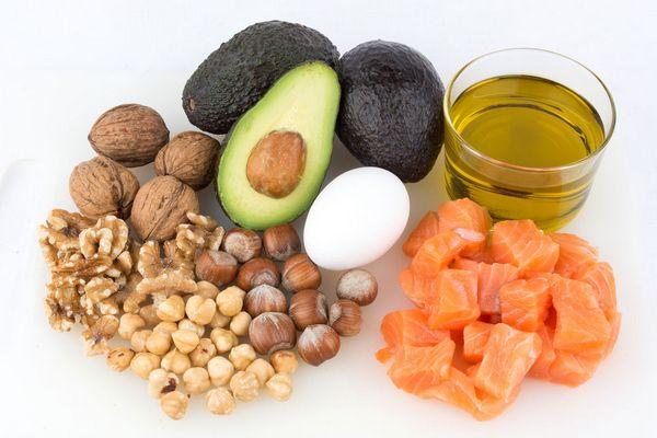 Продукты с низким содержанием углеводов, жиров, сахара, с высоким количеством белка для похудения, больных диабетом