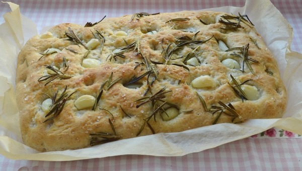 Фокачча. Классический рецепт итальянского хлеба, как приготовить