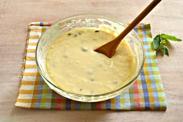 Пышные оладушки на молоке. Рецепт без дрожжей, уксуса, соды, на дрожжах, с разрыхлителем