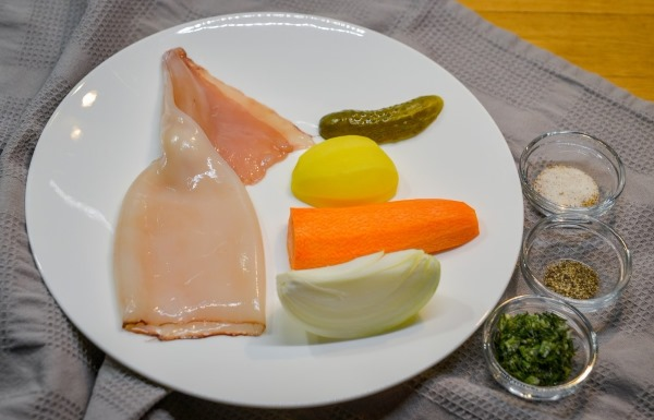 Рассольник с рисом, курицей, колбасой, свининой. Рецепты, как приготовить суп пошагово с фото