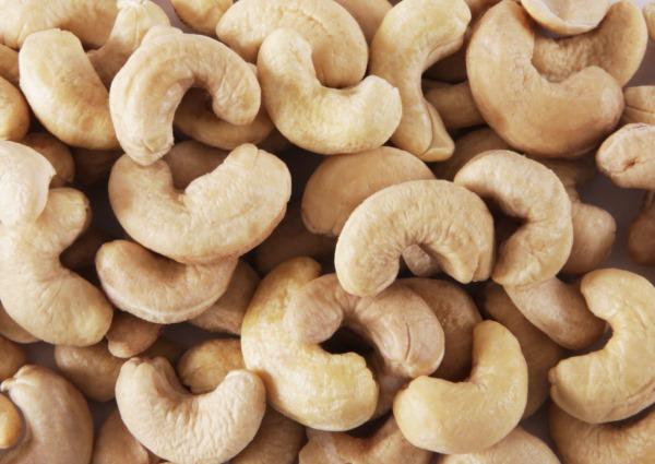 Кешью орехи. Польза и вред для женщин, калорийность, сколько есть, противопоказания