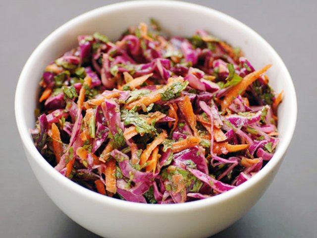 Краснокочанная капуста. Польза, рецепты приготовления салатов пошагово с фото