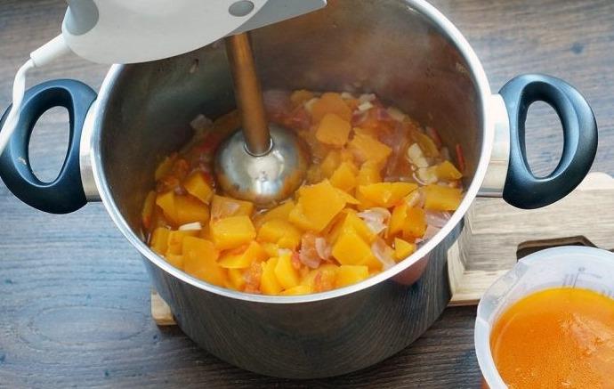 Как приготовить пюре из тыквы. Пошаговый рецепт в мультиварке, кастрюле. Фото