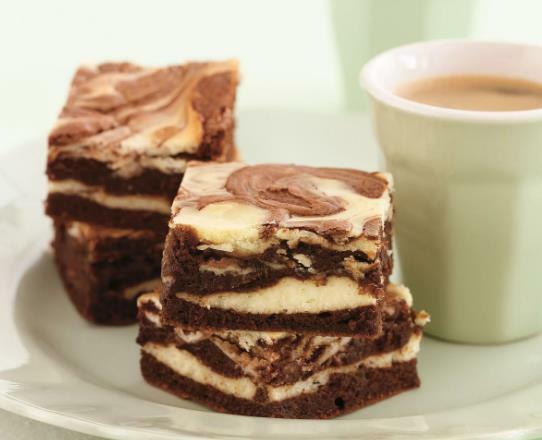 Как приготовить десерт брауни. Рецепт шоколадный, с вишней, какао, творогом, бананом, в микроволновке пошагово с фото