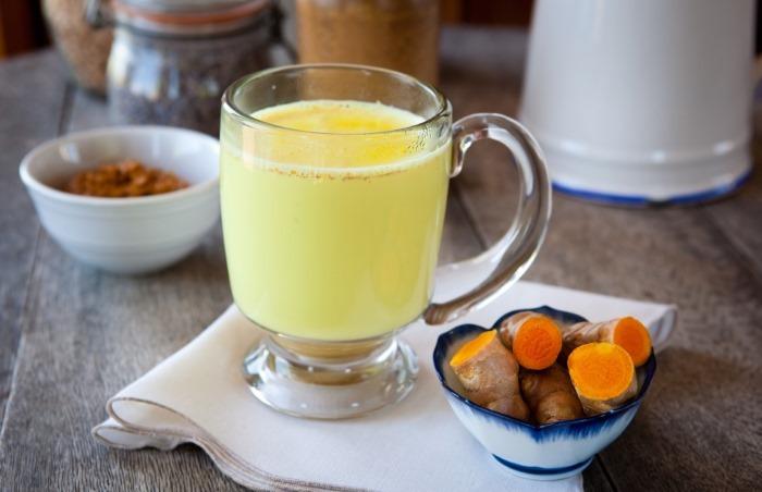 Куркума для похудения. Свойства, рецепты, как принимать с молоком, водой, имбирь, корицей, медом, кефиром, чаем
