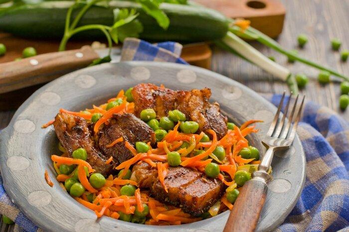 Блюда из замороженных овощей. Рецепты вкусные, постные, диетические на сковороде, в духовке, мультиварке