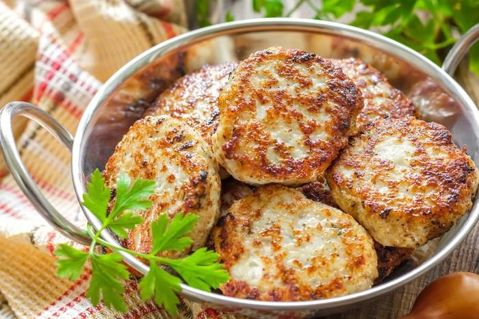 Котлеты по-министерски. Рецепт классический из куриного филе, свинины, индейки, как готовить пошагово