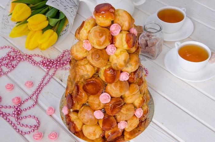 Крокембуш. Рецепт, из чего делают торт, как приготовить десерт пошагово с фото