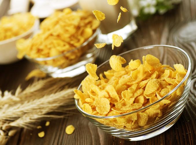 Кукурузные хлопья. Польза и вред для здоровья, похудения, калорийность, состав, что приготовить