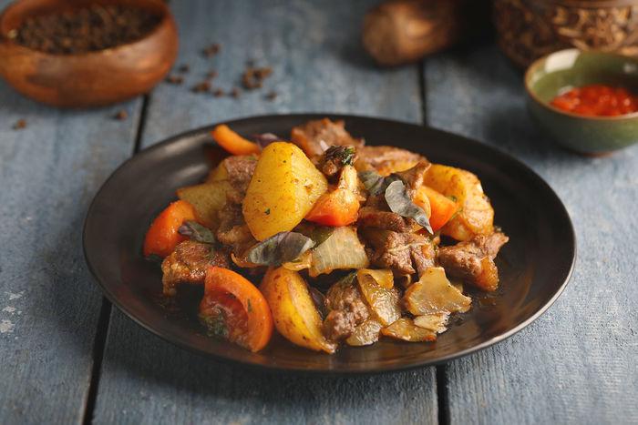 Оджахури по-грузински. Рецепт, как приготовить из свинины, говядины, курицы, баранины