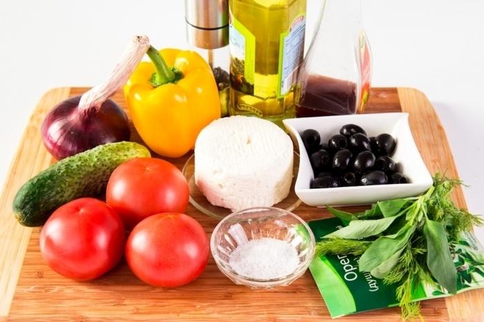 Простые салаты на скорую руку быстро и недорого. Рецепты с фото пошагово