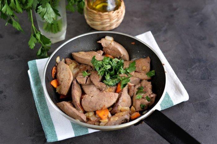 Как вкусно приготовить свиную печень. Рецепты в мультиварке, духовке, на сковороде. Польза и калорийность блюд