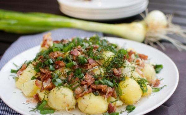 Картошка с говядиной в мультиварке тушёная. Рецепты пошагово с фото