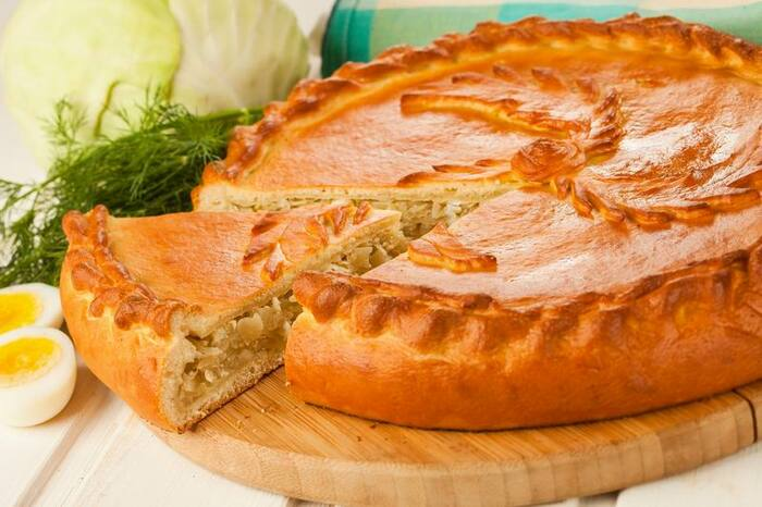 Заливной пирог с капустой, фаршем на майонезе, сметане. Рецепт с фото в мультиварке, духовке