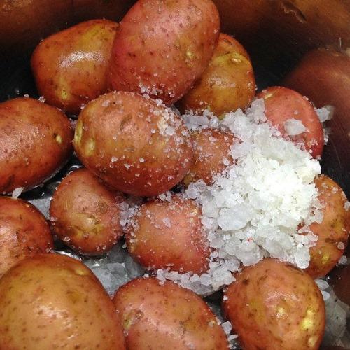 Картофель отварной. Калорийность, БЖУ, польза, рецепты приготовления, как употреблять на диете