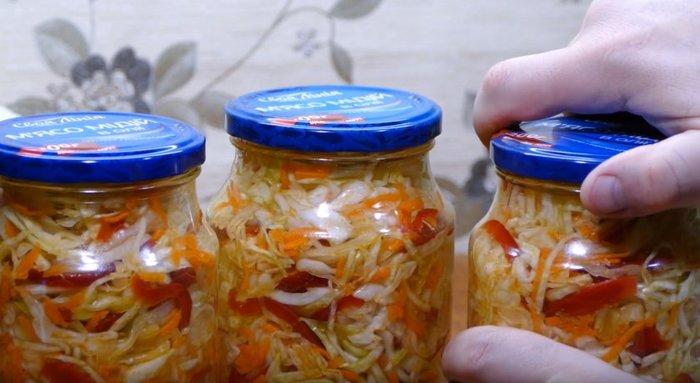 Маринованная капуста с болгарским перцем, морковью. Рецепт быстрого приготовления с фото