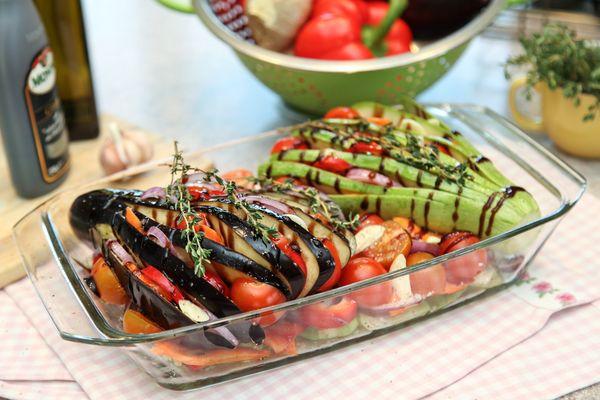Блюда из кабачков в духовке. Рецепты простые и вкусные пошагово с фото