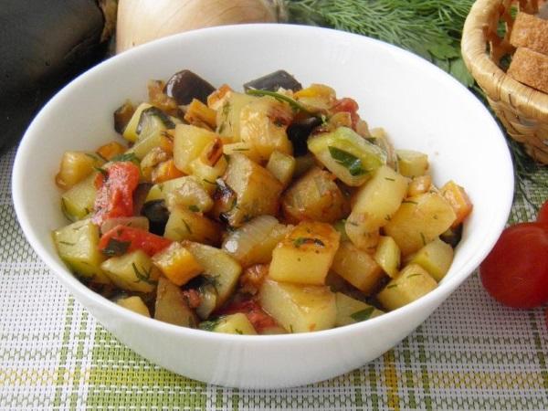 Диетические блюда из кабачков. Рецепты в духовке, мультиварке, для похудения, при панкреатите, заболевании печени, гастрите