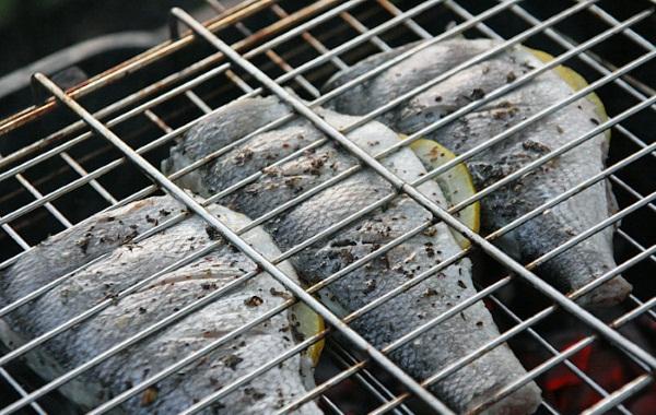 Дорадо. Рецепты приготовления рыбы в духовке, на сковороде, мангале