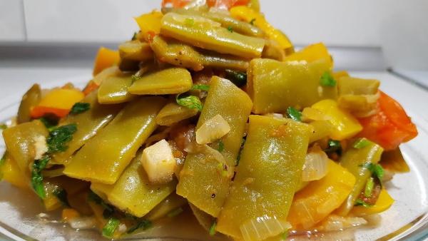 Фасоль спаржевая. Рецепты приготовления на зиму в томатном соусе, с мясом, маринованной, по-корейски