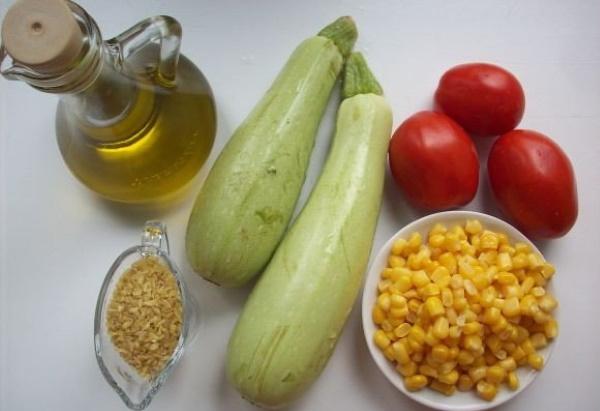 Как вкусно приготовить кабачки в духовке с помидорами, сыром, баклажанами