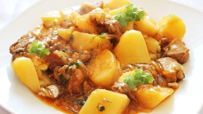 Рецепты из картошки с фаршем, мясом курицы, в мундире на сковороде, духовке, мультиварке