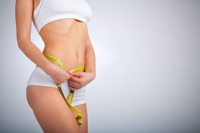 Сметана 10-15-20-25% жирности. Калорийность на 100 г, в 1 столовой ложке. Рецепты, как употреблять