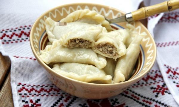 Вареники с картошкой. Калорийность на 100 грамм, 1 шт. вареных. Рецепты приготовления на диете