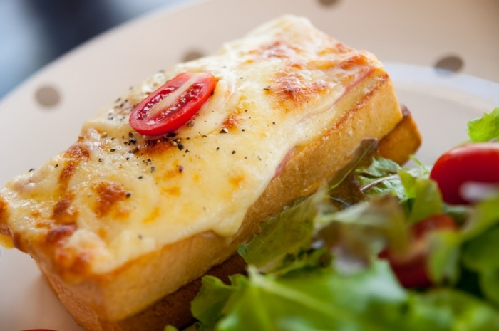 Плавленый сыр. Калорийность на 100 грамм Хохланд, Дружба и другие. Как употреблять на диете