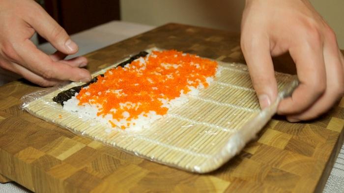 Роллы Филадельфия. Калорийность 1-6-8 штук на 100 грамм, порцию, БЖУ. Рецепты