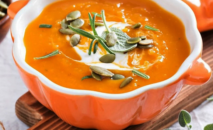 Тыквенный суп-пюре. Калорийность на 100 грамм, польза, вред, БЖУ. Рецепт классический, диетический
