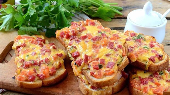Бутерброд с колбасой и сыром. Калорийность, белки, жиры, углеводы