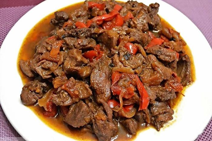Мясо косули. Польза и вред для человека, калорийность, бжу. Рецепты приготовления в духовке, мультиварке, казане, на сковороде