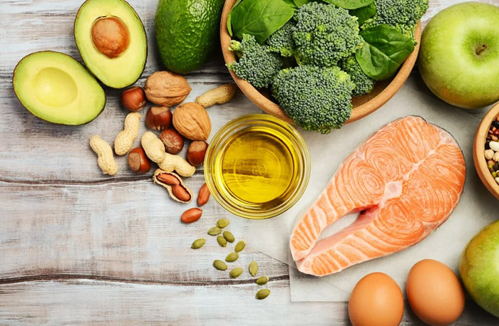 Полезные жиры для организма женщины, мужчины. Список продуктов
